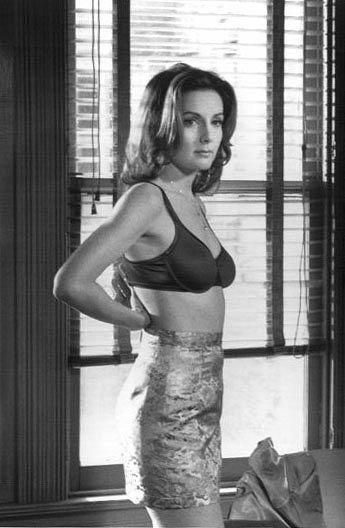 Helene Cardona as Candy in Mumford
