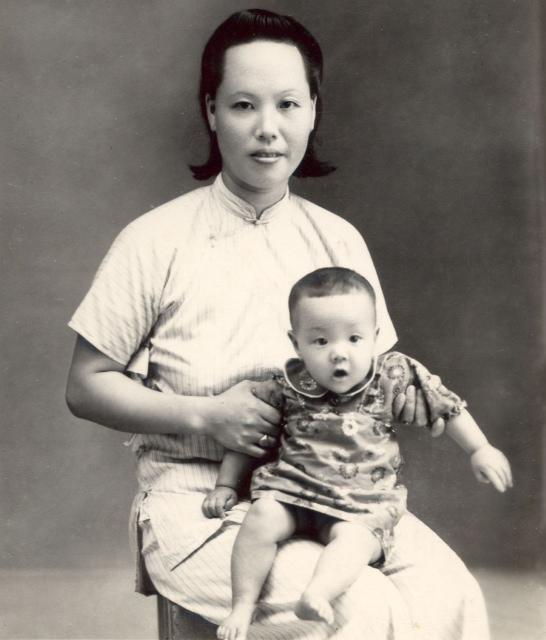 Baby Sue Wong in China with her Mother